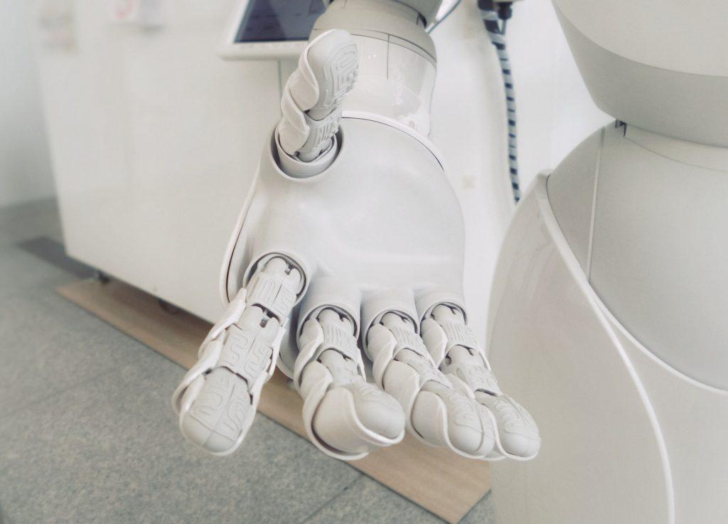 Robot doté d'intelligence artificielle